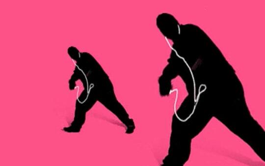 ipod_breakdance